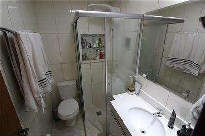 Banheiro Quarto Casal