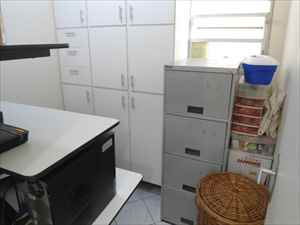Quarto serviço convertido home office