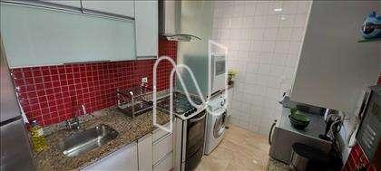 Cozinha montada armários e bancada