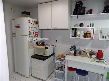Cozinha iluminada