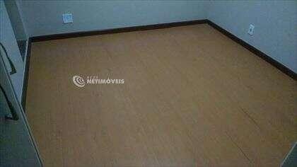 quarto  01 com banheiro suíte