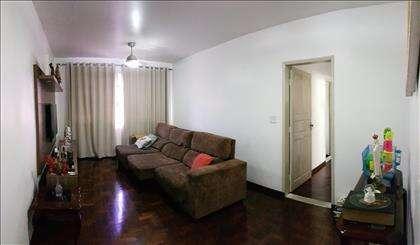 Sala bem ampla para dois ambientes