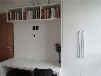 Bancada e armário