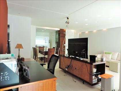 Escritório integrado com sala (3º quarto)