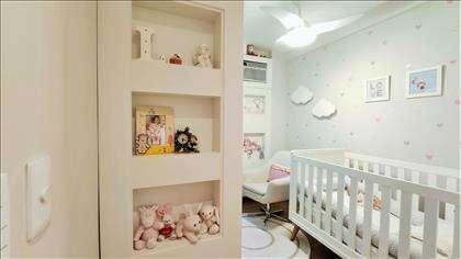 Suíte 01: lindo quarto com armários personal