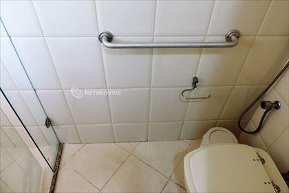 Banheiro da suíte - detalhe da adaptação