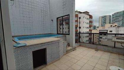Área externa 2º piso com bancada e piscina