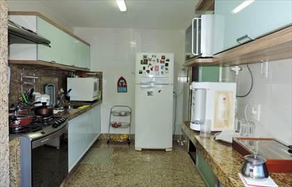 Cozinha - detalhe piso e armários