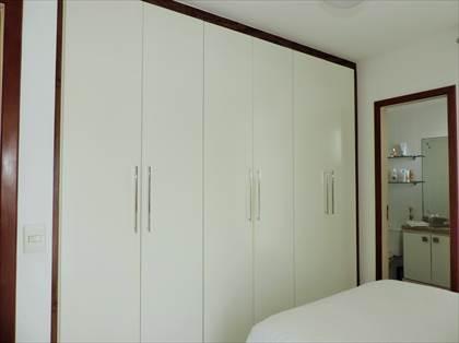 Suíte - detalhe armários