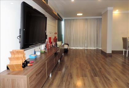Sala - detalhe piso laminado