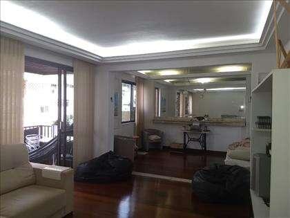 living com varanda e sala de estar