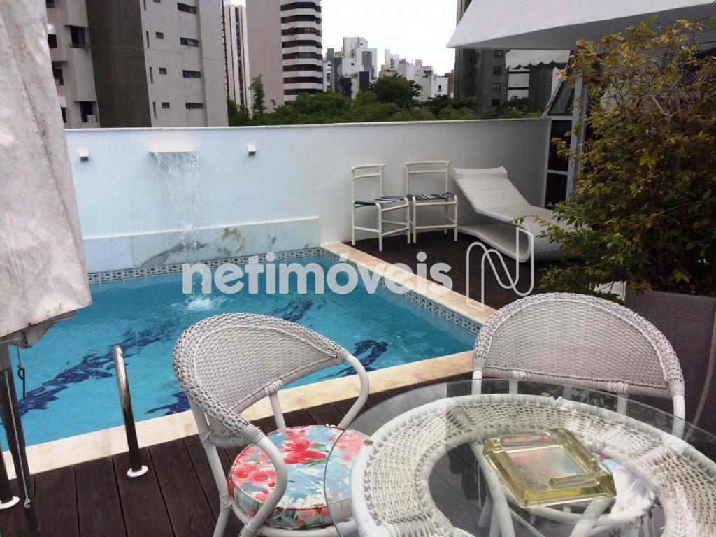 pavimento superior área da piscina