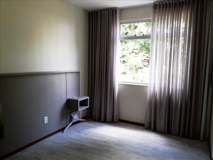 quarto 2 - também com armários novos