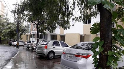 RUA DE ACESSO - VAGAS EXTERNAS PARA VISITANTE