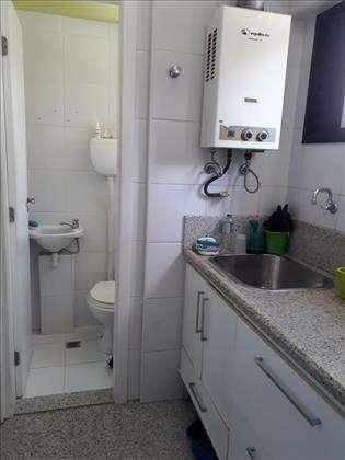 Área de serviço/banheiro de serviço