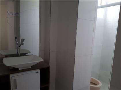 Banheiro de serviço revertido