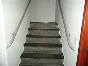 Escadas do prédio.